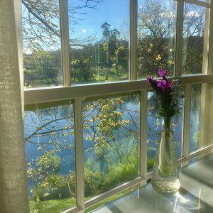 Riverside luxury accommodation Hobart